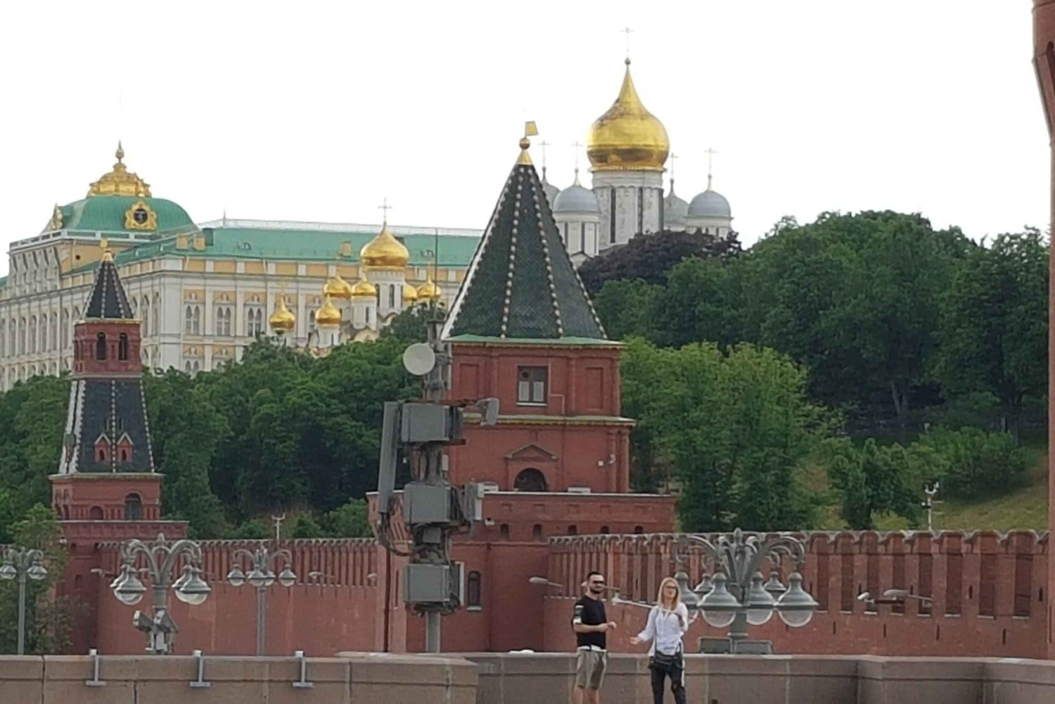 Historical Red Square and Kremlin Walls Group Tour