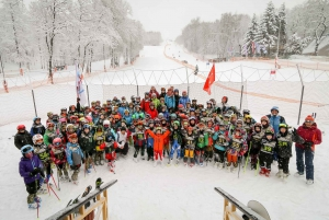 Moscow: 3-Hour Skiing Experience with Hotel Pickup and Lunch