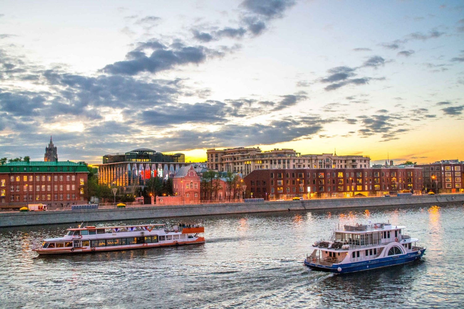 Moscow Boat Tour with Private Guide