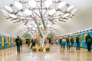 Moscow: Metro Tour and River Cruise