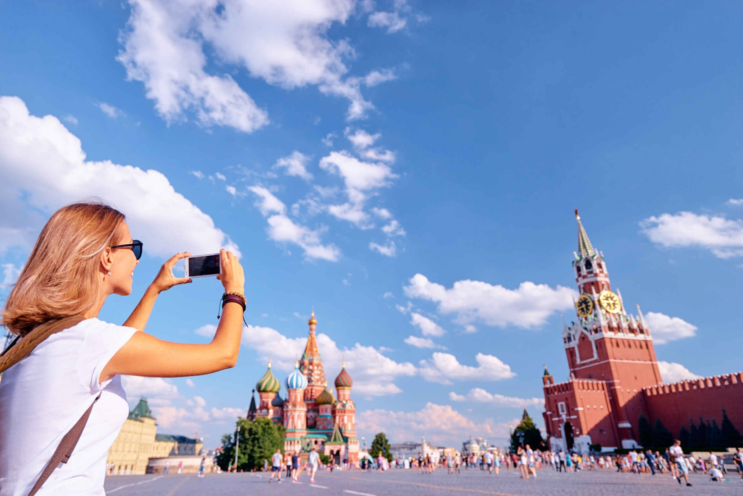 Red Square and Vodka Museum with Russian Snack Private Tour