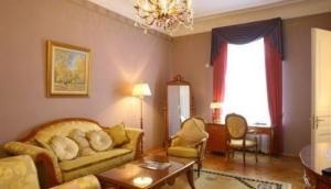 The Kremlin Suite