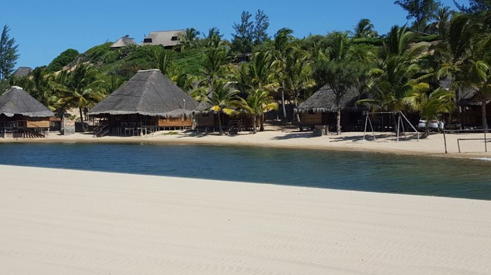 Barra Lodge Beach Resort