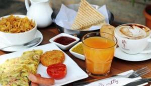 Aromas Café
