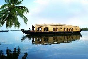 Kerala Houseboat and Mumbai City Tour from Cruise Port