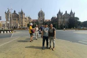 Mumbai: City Highlights Private Tour with Dharavi Slum
