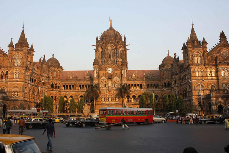 Mumbai City Tour: 7 Hours by Car