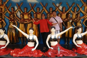 Private Bollywood Tour with Dance Show