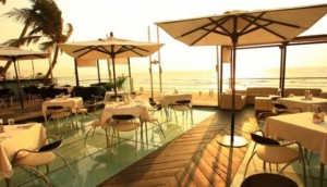 Vie Lounge & Deck