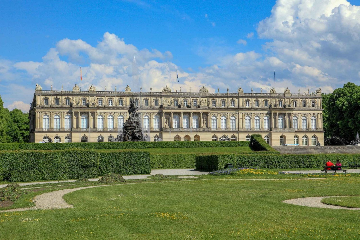 Day Tour to Herrenchiemsee Palace with Skip-The-Line Tickets