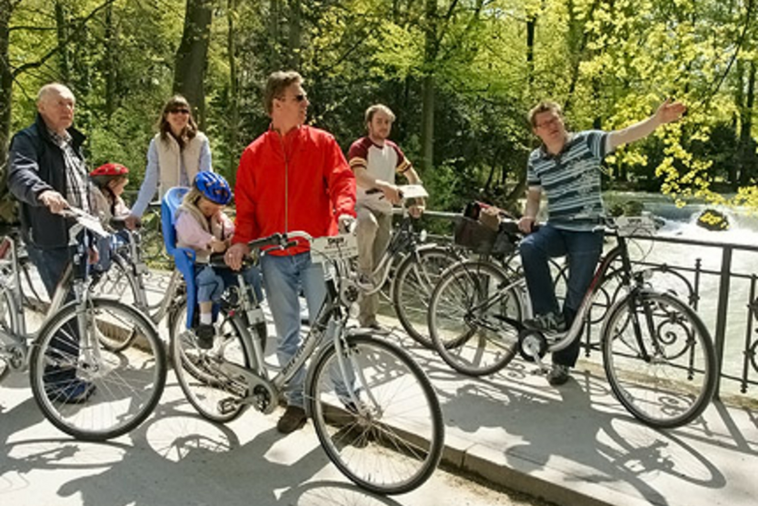 Munich by Bicycle: Custom Bike Tours for Groups