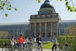 Munich Highlights: 3-Hour Bike Tour