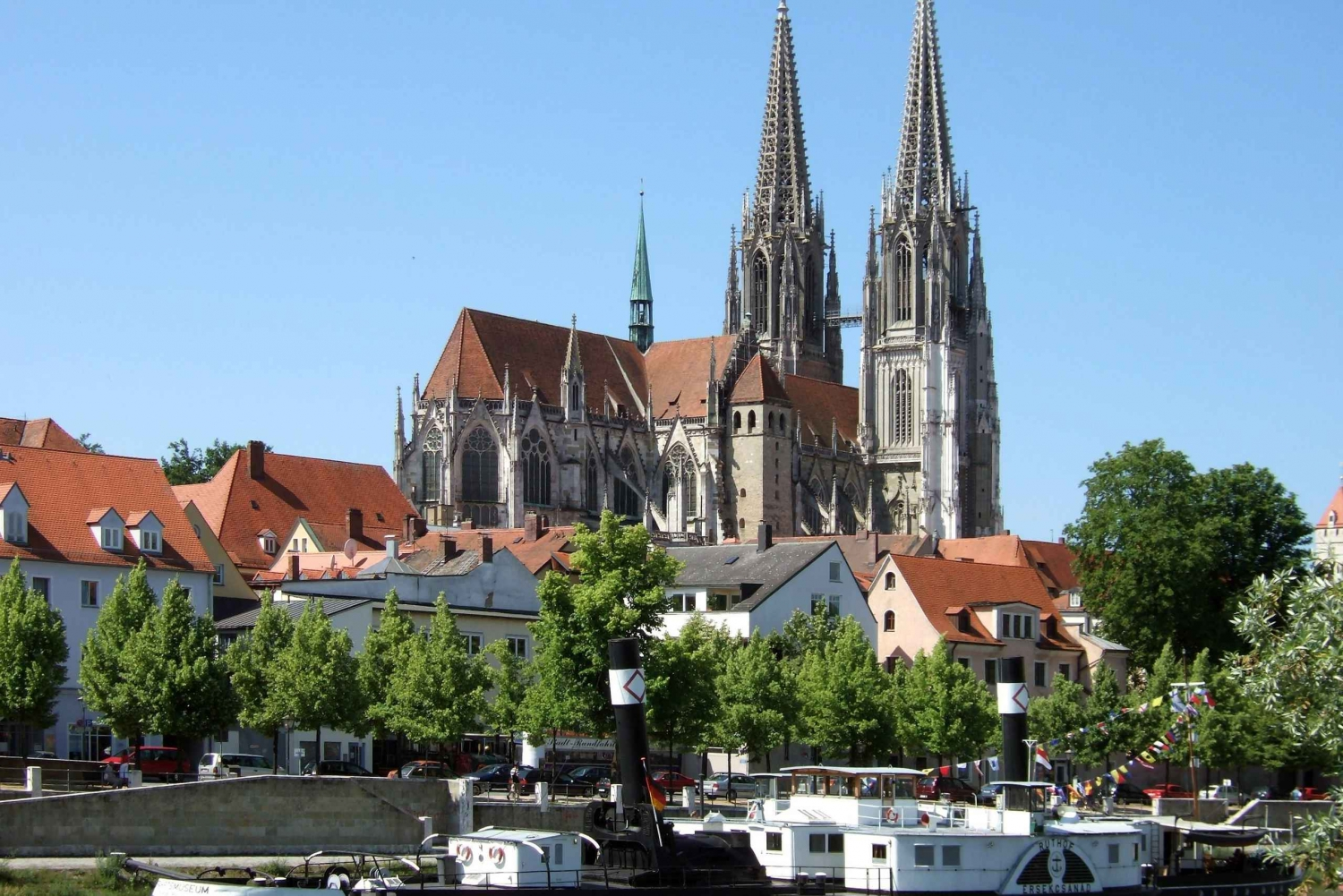 Regensburg: Guided Tour Day Trip from Munich