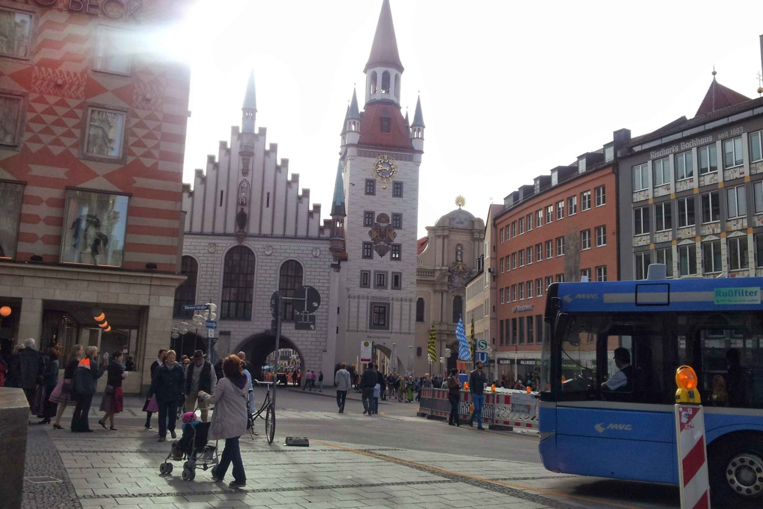 Strolling through the streets of Munich