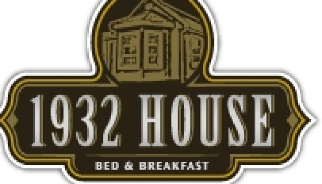 1932 House Bed & Breakfast