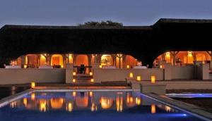 Intu Afrika Kalahari Zebra Lodge