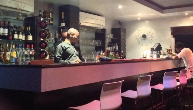 Ariz Bar & Grill