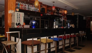 De Chill's Hind Restaurant And Bar