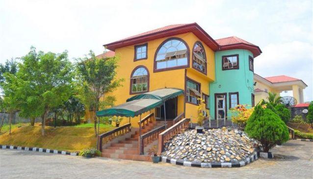 Dekka Hotels