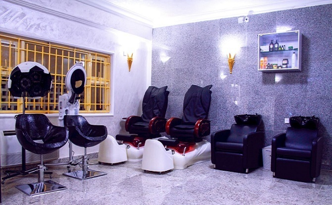 D'hairitage Salon & Spa