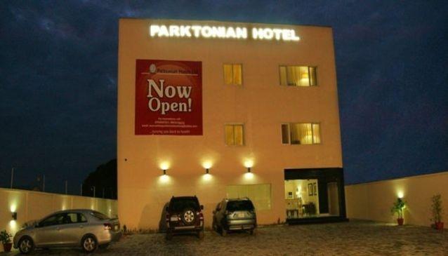 Parktonian Hotel