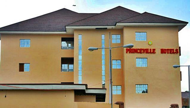 Princeville Hotel