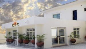 Yanna Hotel