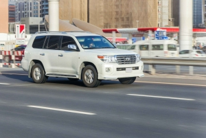 Muscat Airport: Private Transfer to Muscat or Nizwa