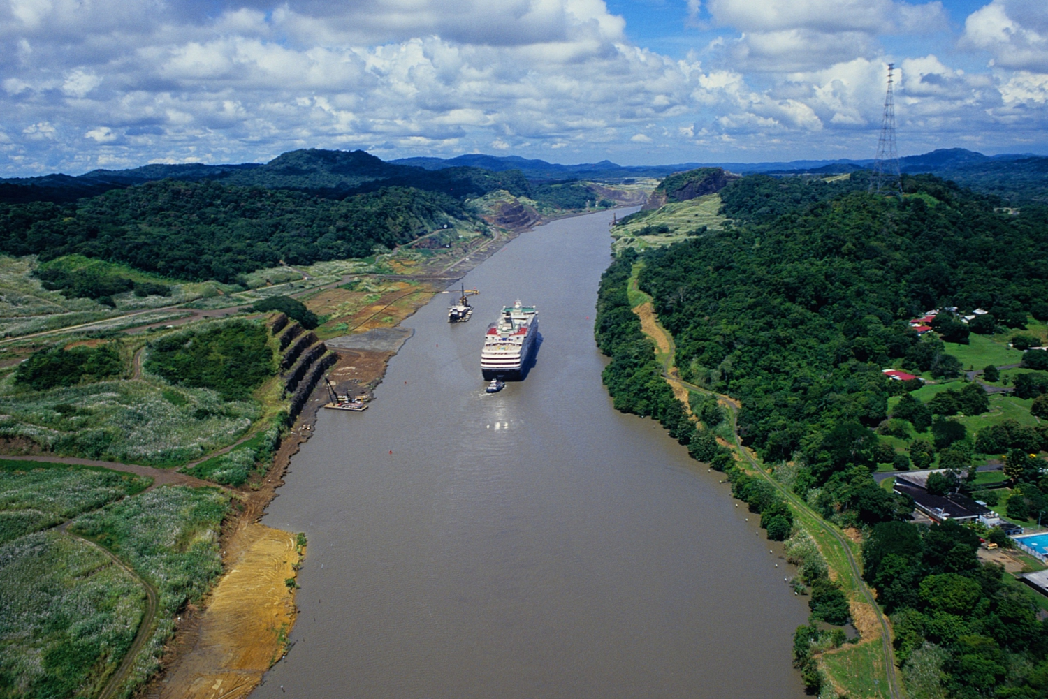 Best Tours of Panama Canal