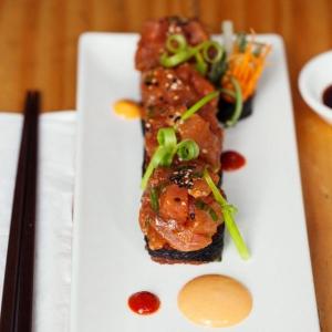Aki Sushi Bar & Japanese Kitchen
