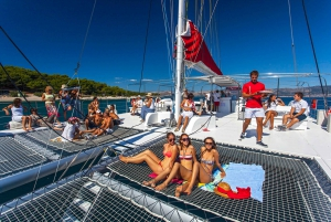 All-Inclusive Taboga Island Catamaran Cruise