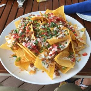 Azul Pool Bar & Grill