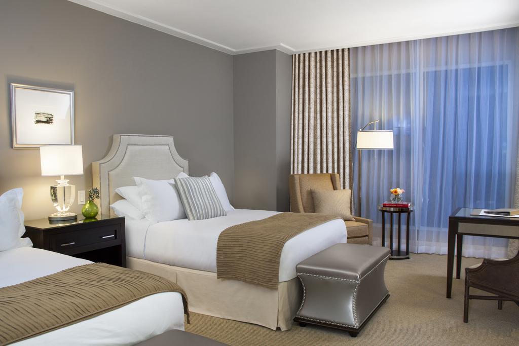 Bristol Panama Hotel