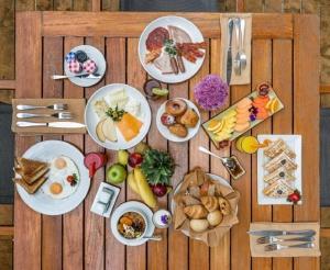 JW Marriott Hotel Breakfast