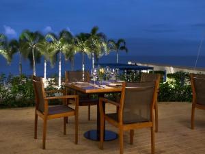 JW Marriott Hotel Outdoor Area