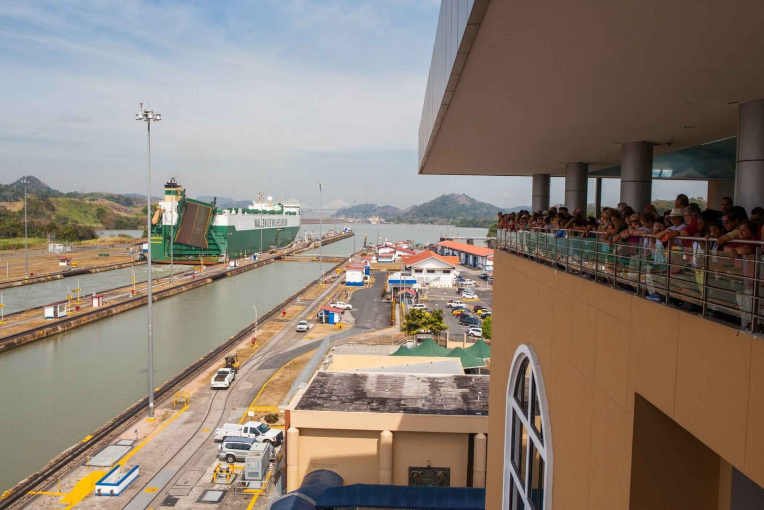 Panama Canal and City Walking Tour with a Local