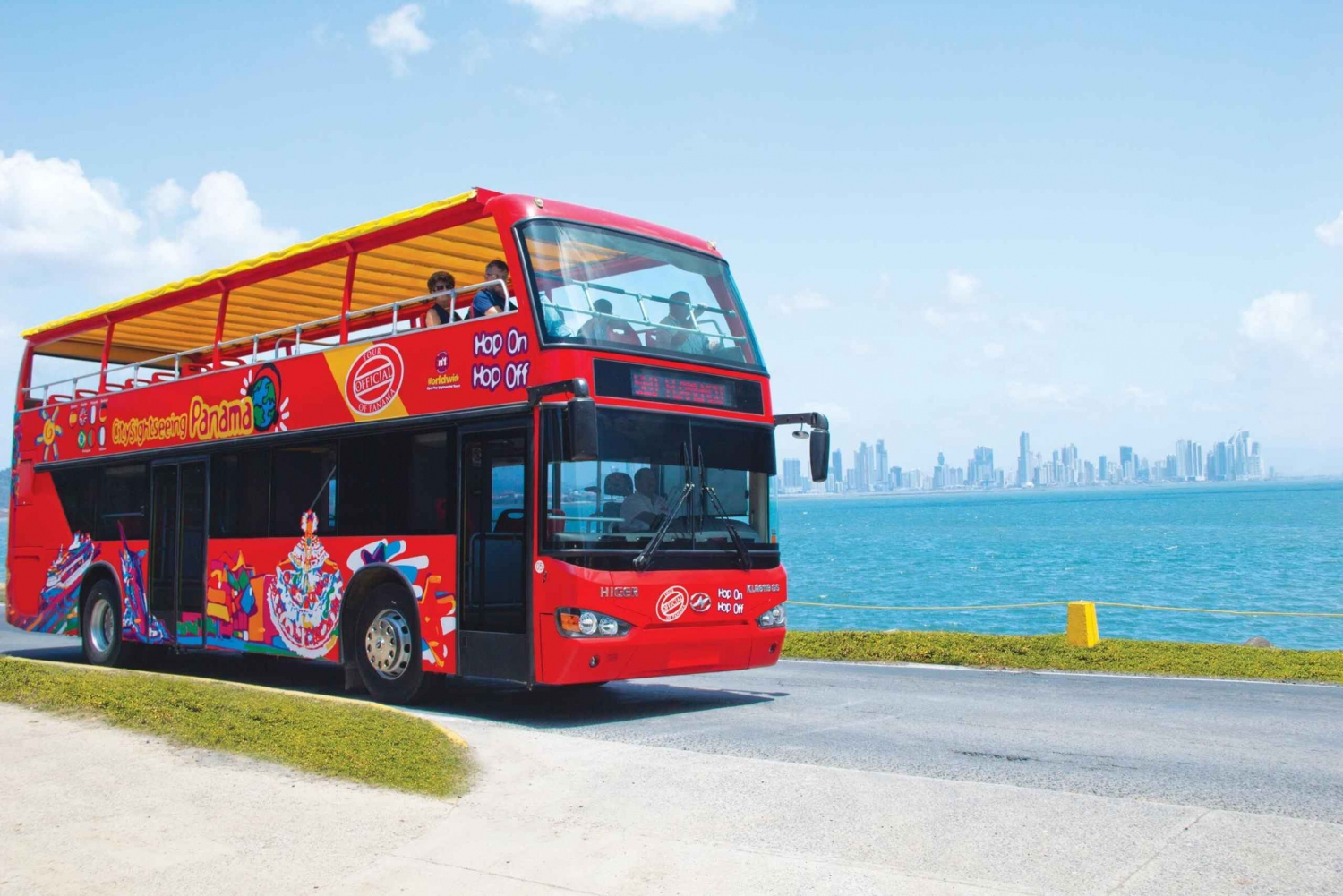 Panama City: Hop-On Hop-Off Sightseeing Bus