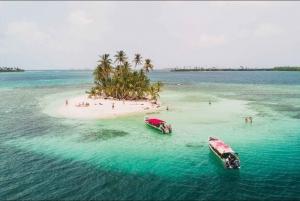 Panama City: Money Heist and San Blas Islands Day Trip