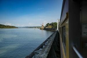 Panama City: Panama Canal Railway Ride and Agua Clara Locks