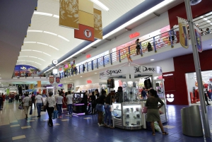 Panama City: Shopping at Albrook Mall & Round-Trip Transfer