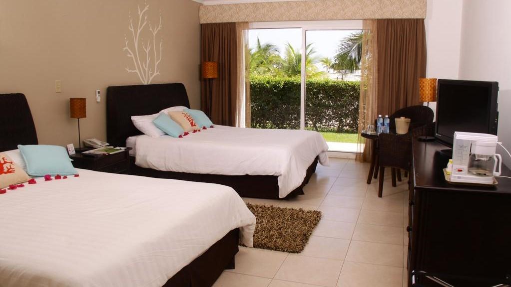 Playa Blanca Beach Resort u0026 Spa