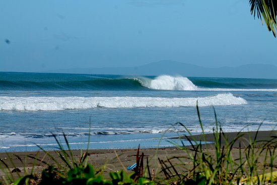 Best surfing beaches in Panama