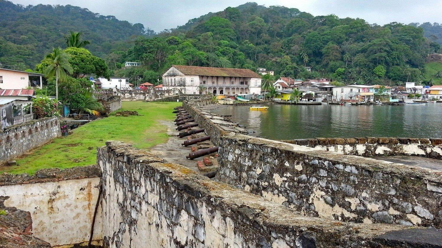 Portobelo town and forts