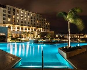 The Santa Maria Luxury Collection Hotel - AQVA Pool Bar