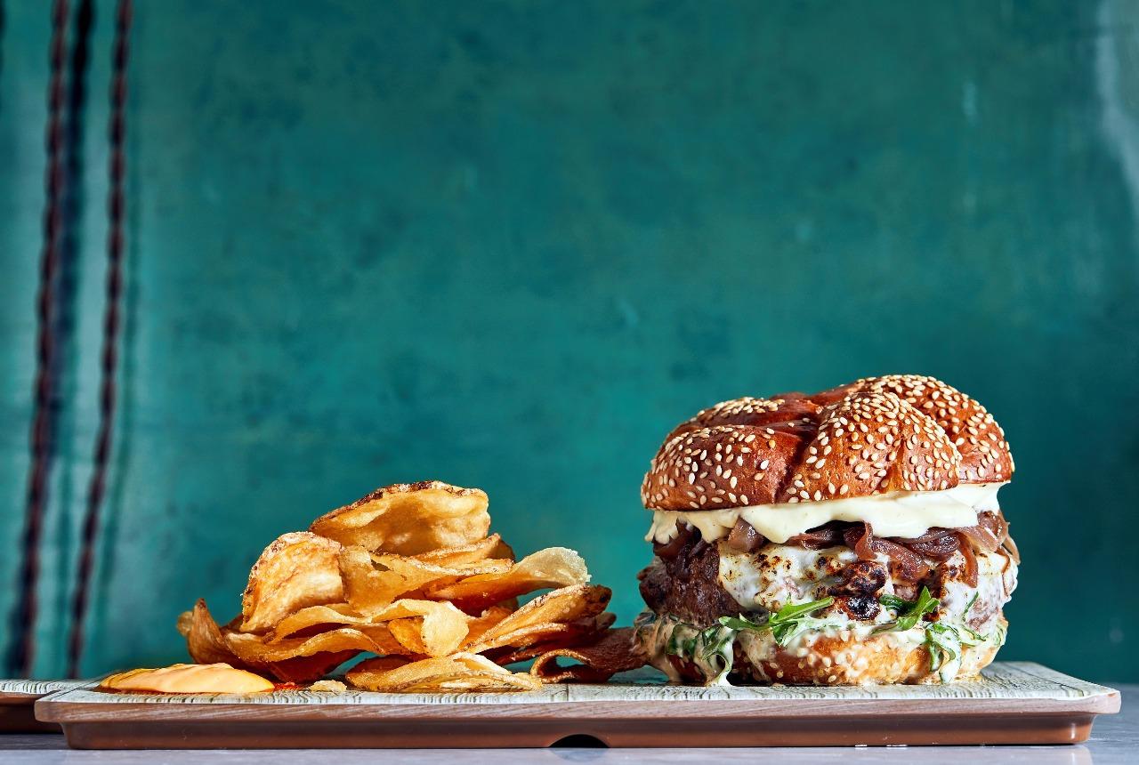 Burger Week Panama The Strangers Club