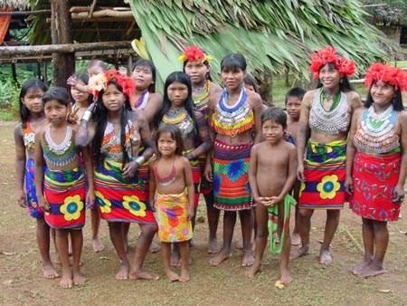 Tour to Comunidad Embera