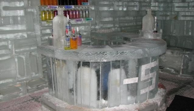 -5 Ice Bar & Lounge