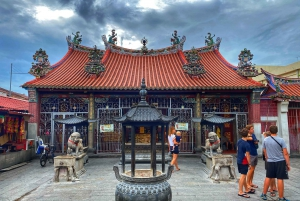 Penang: 3-Hour Heritage Tour with Trishaw Ride