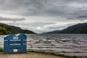 From Edinburgh: Loch Ness and Highlands Tour in French