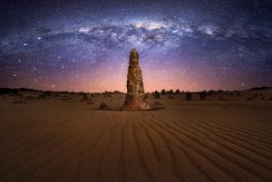 Perth: Pinnacle Desert Sunset and Stargazing with Dinner